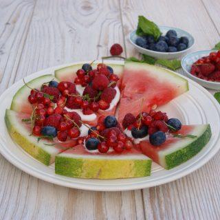Melonpizza med bær
