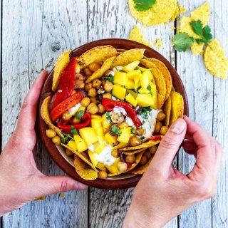 Nachos med kikerter og mango