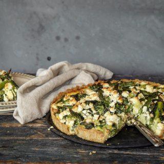 Pai med asparges,brokkoli og feta