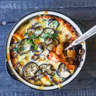 Bakt pasta med aubergine og mascarpone