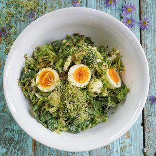 Salat med egg og asparges